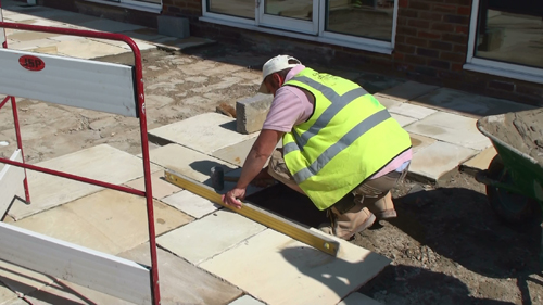 Laying patio slabs